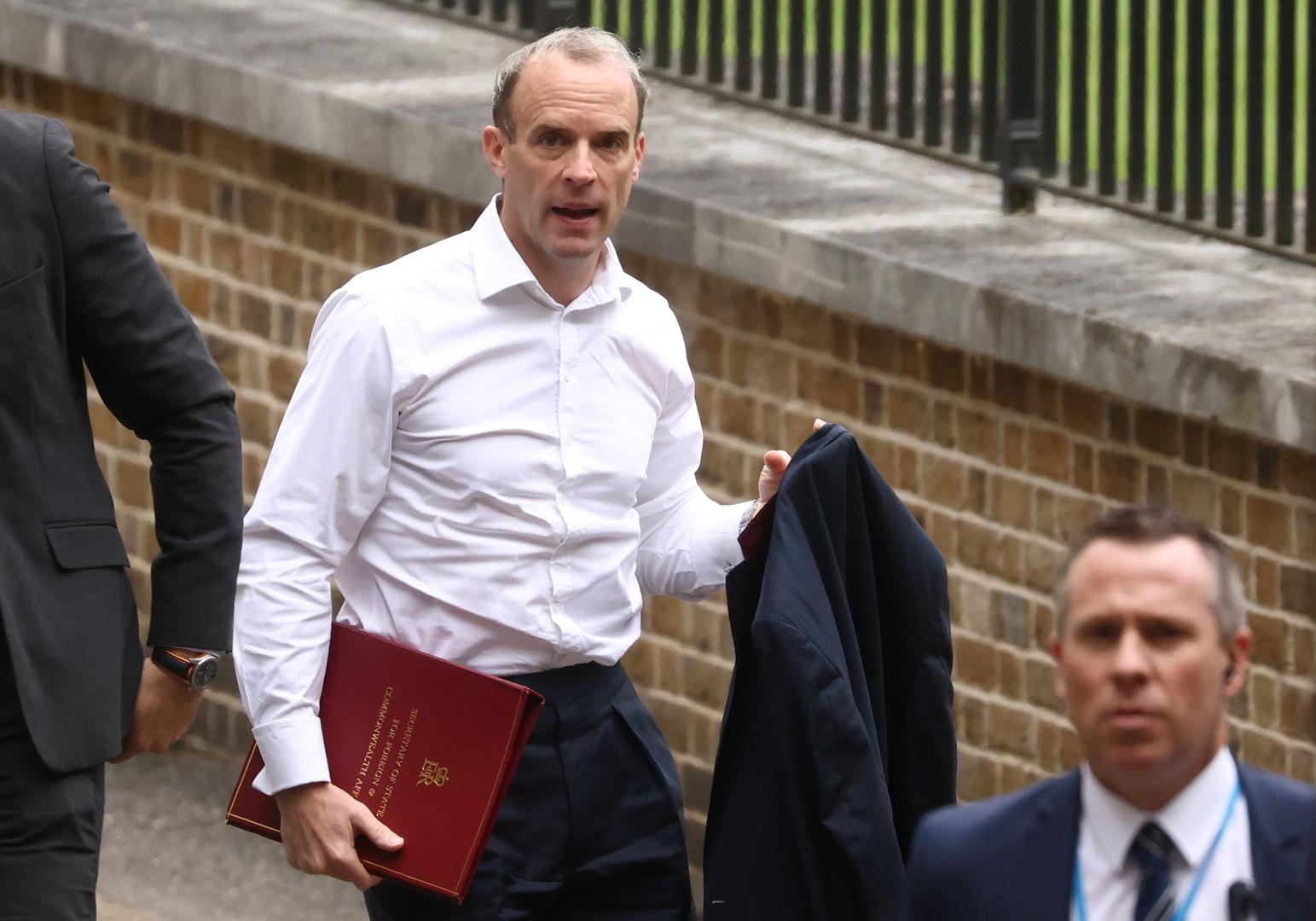 رئيس الوزراء البريطاني يجري تعديلات حكومية