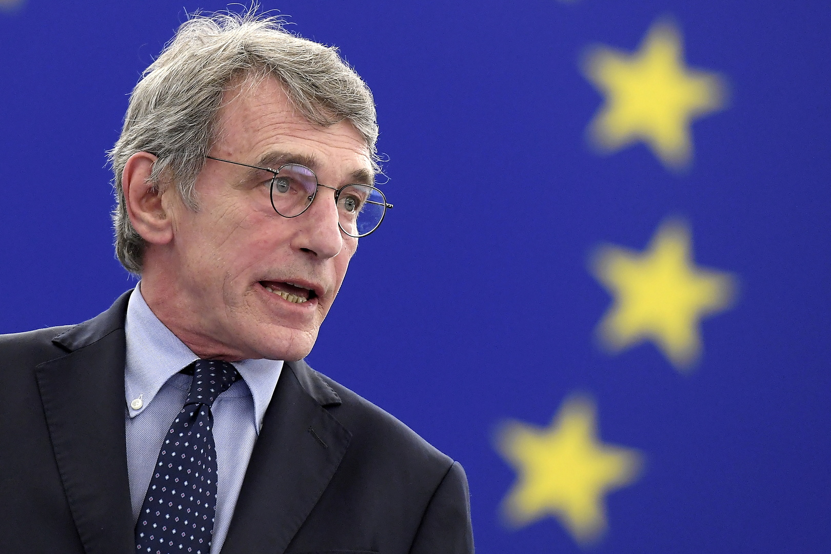 رئيس البرلمان الأوروبي لا يستبعد حوارا مع طالبان بشأن ممرات إنسانية