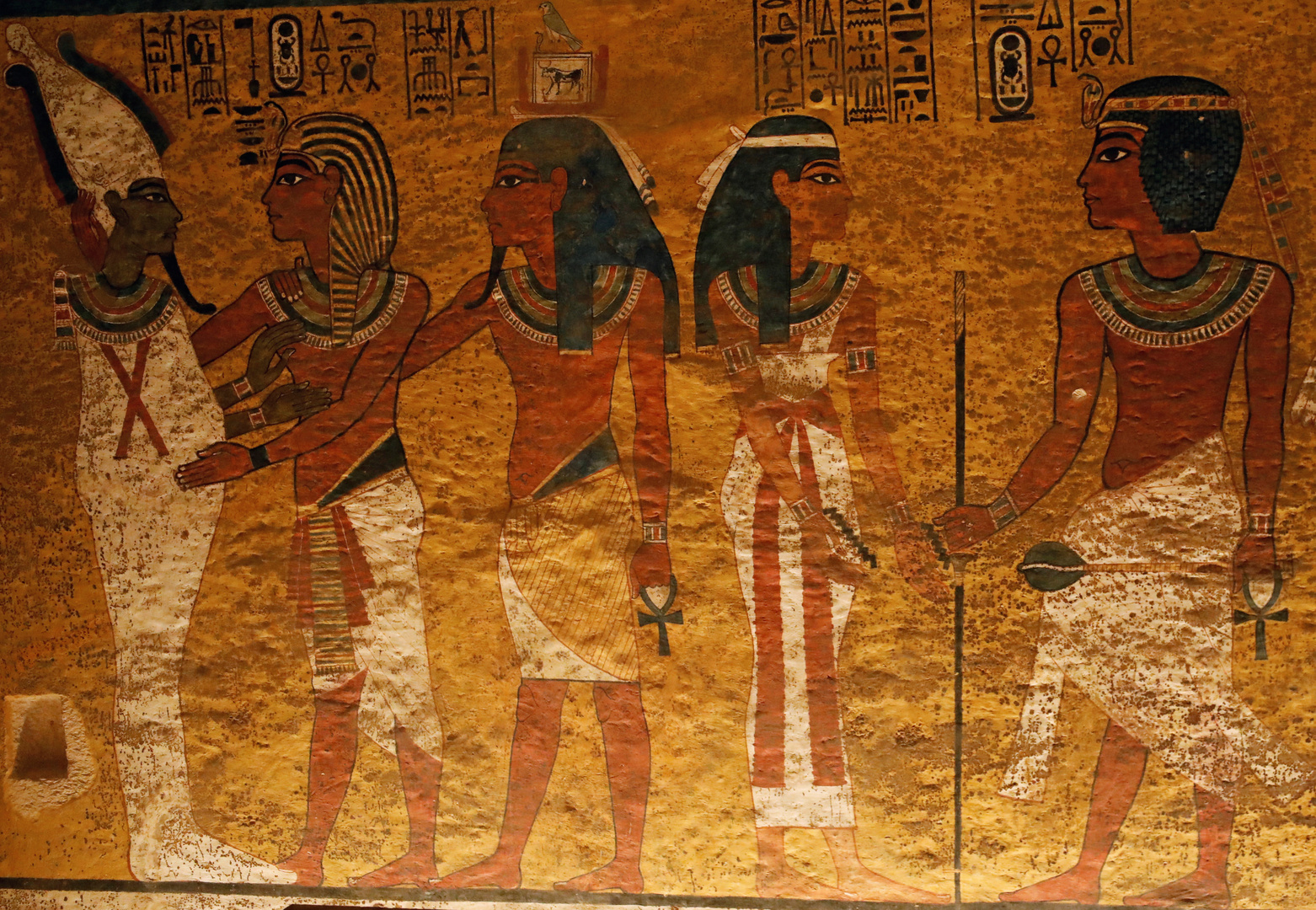 منشور مثير للجدل حول اكتشاف جيش فرعوني غارق في البحر الأحمر.. ومصر تكشف الحقيقة