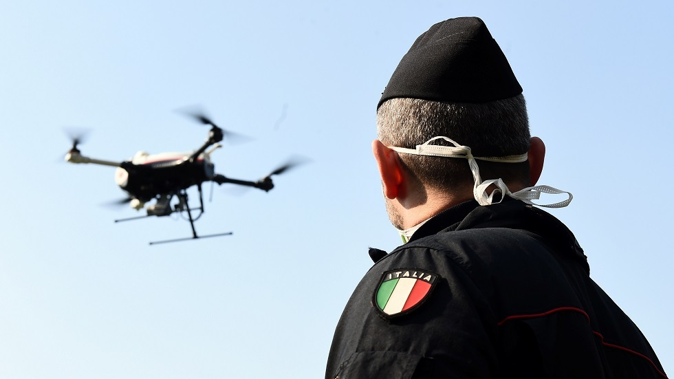 إيطاليا تحقق في بيع حصة من شركة طائرات حربية مسيرة لمستثمرين صينيين