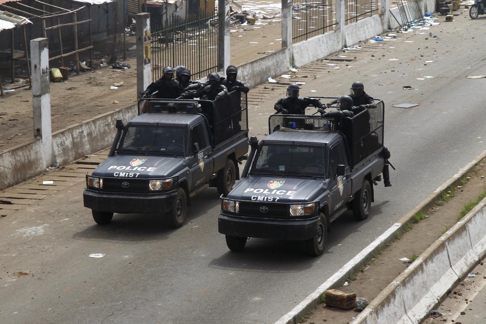 زعيم العسكريين الانقلابيين في غينيا يعلن اعتقال الرئيس كوندي ووقف العمل بالدستور