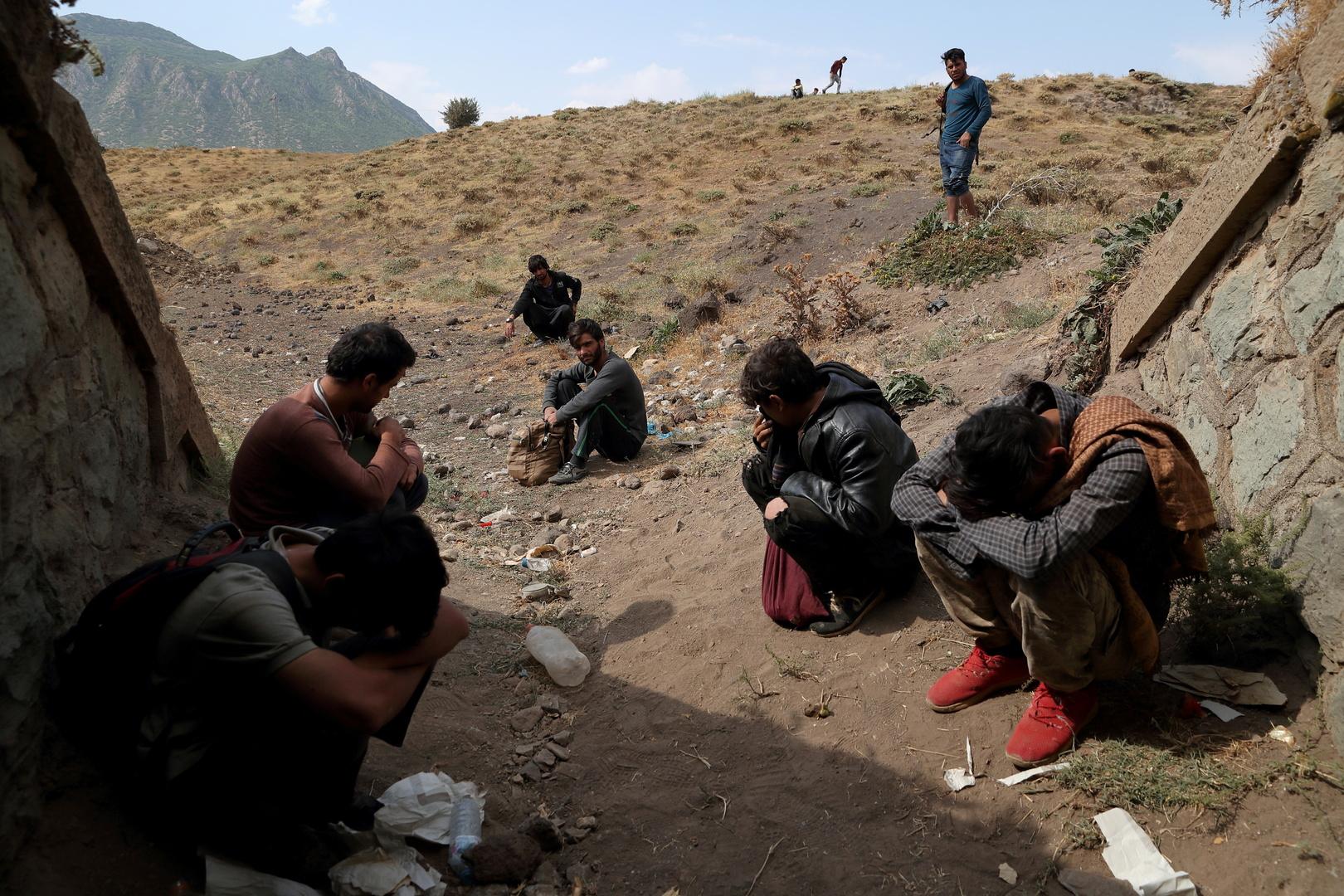 تركيا تعلن عن ضبط أكثر من 40 ألف مهاجر أفغاني غير نظامي دخلوا البلاد