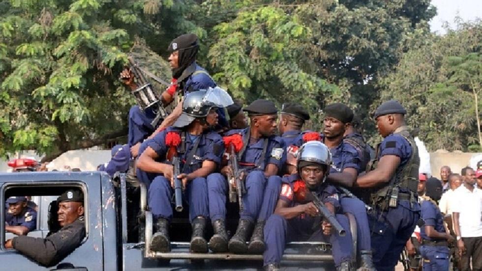 مسلحون بالمناجل يقتلون 30 شخصا في الكونغو