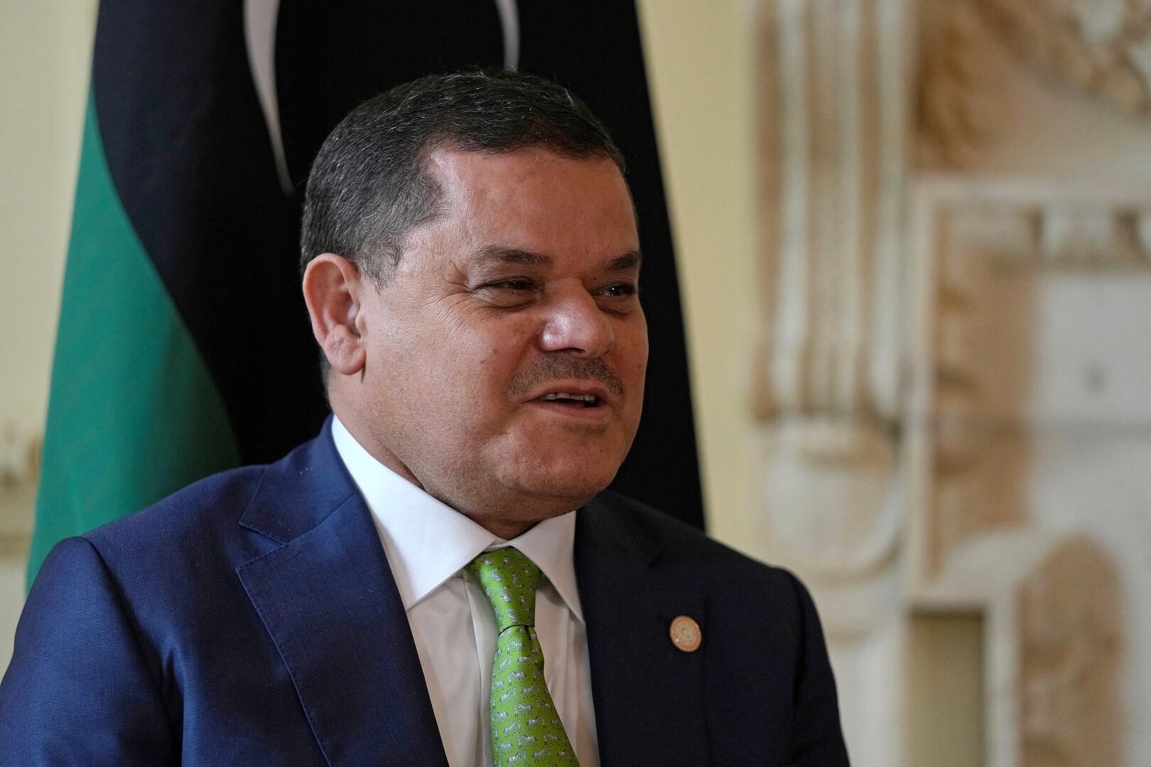 رئيس حكومة الوحدة الوطنية الليبية وعدد من وزرائها يصلون إلى طبرق لحضور جلسة مساءلة في البرلمان