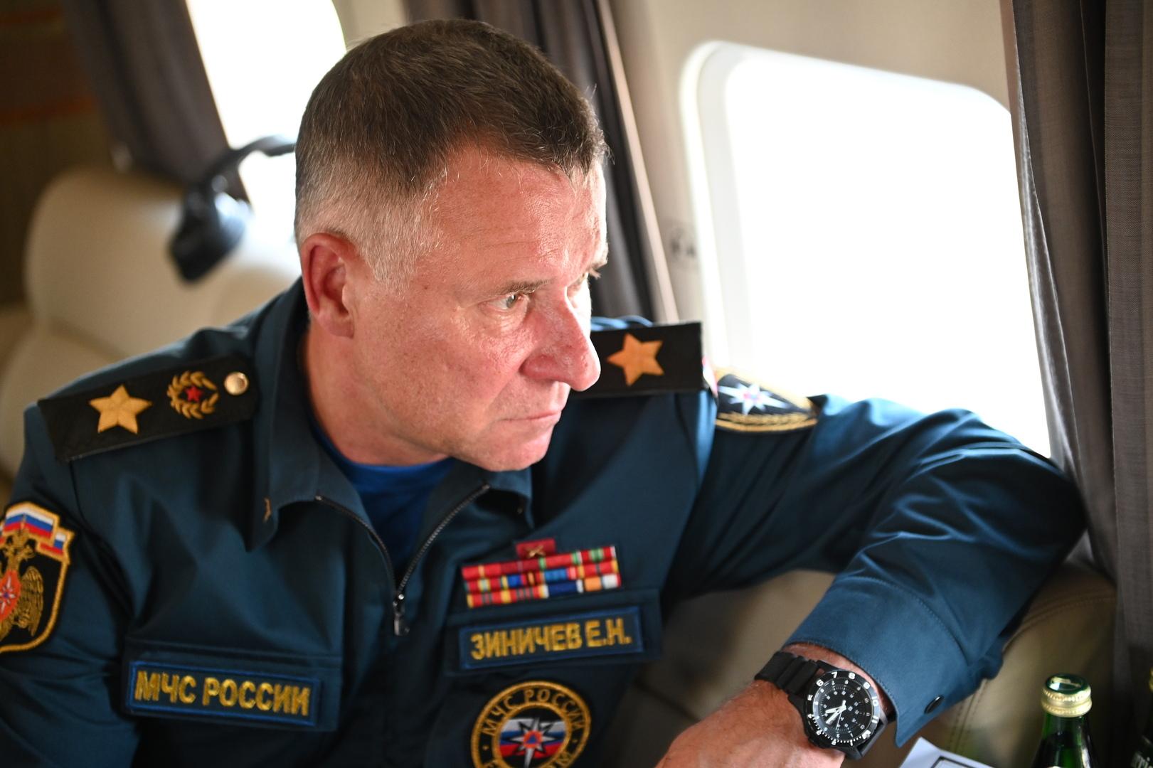وفاة وزير الطوارئ الروسي لدى محاولته إنقاذ شخص خلال تدريبات