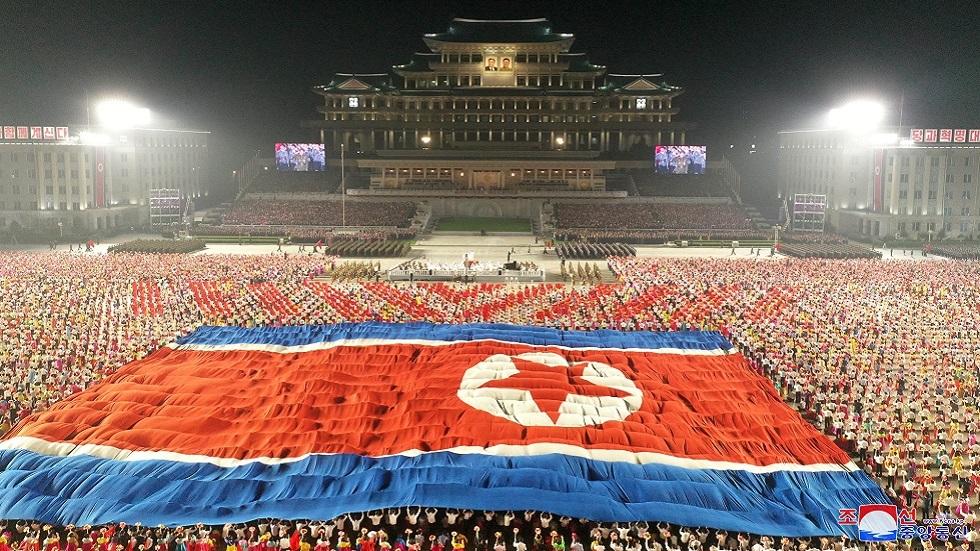 عرض في بيونغ يانغ بمناسبة الذكرى الـ73 لتأسيس الدولة