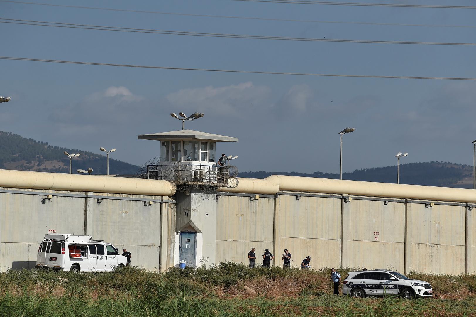 إسرائيل.. تكليف لجنة حكومية بالتحقيق في ملابسات هروب السجناء الفلسطينيين
