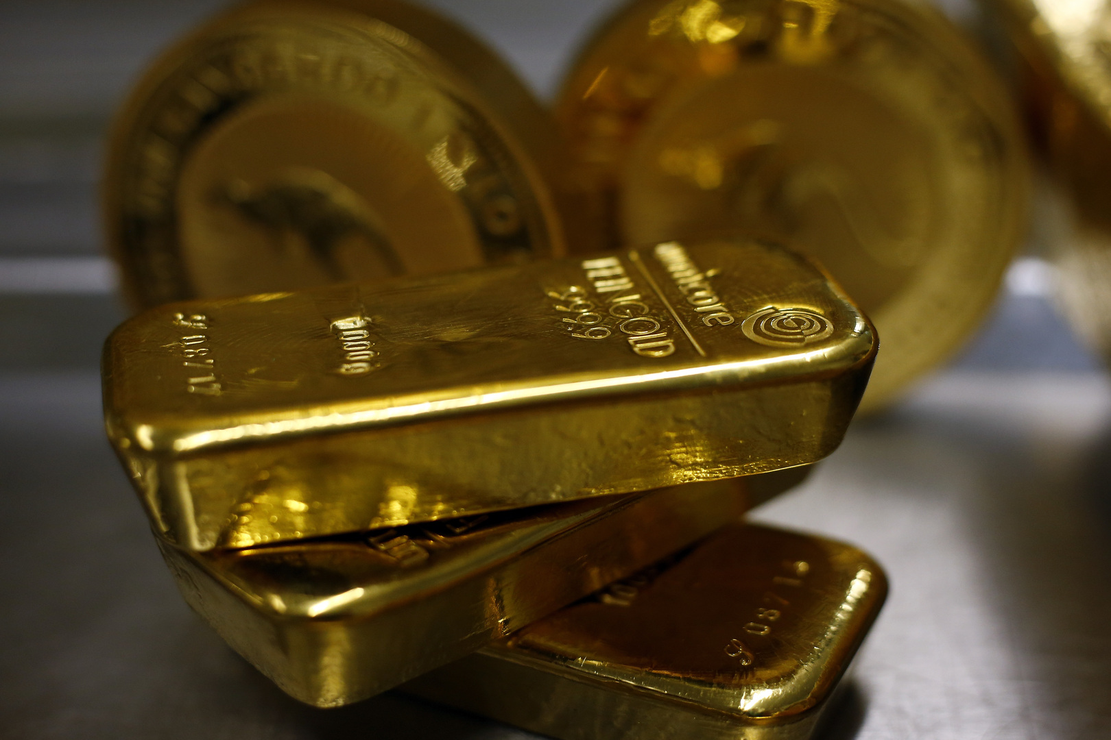 الذهب يصعد بدعم مخاطر النمو