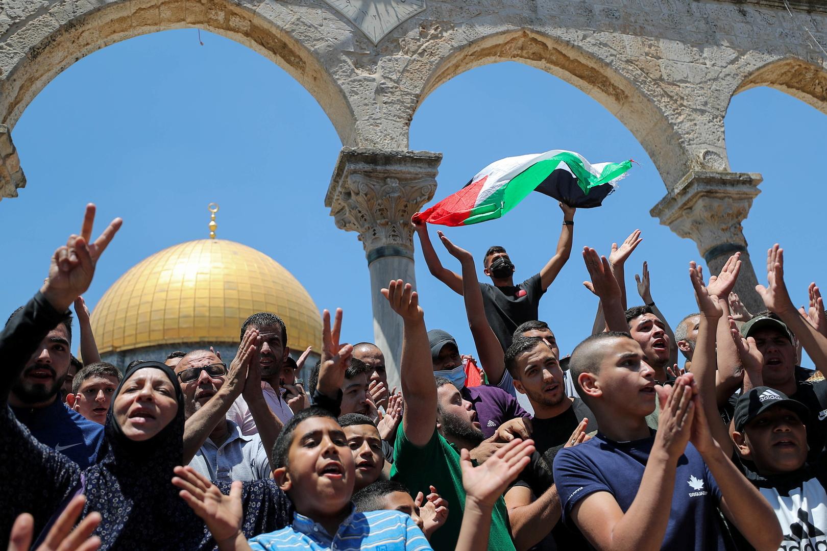 مواجهات بين فلسطينيين والجيش الإسرائيلي عقب اقتحام المسجد الأقصى (فيديو)
