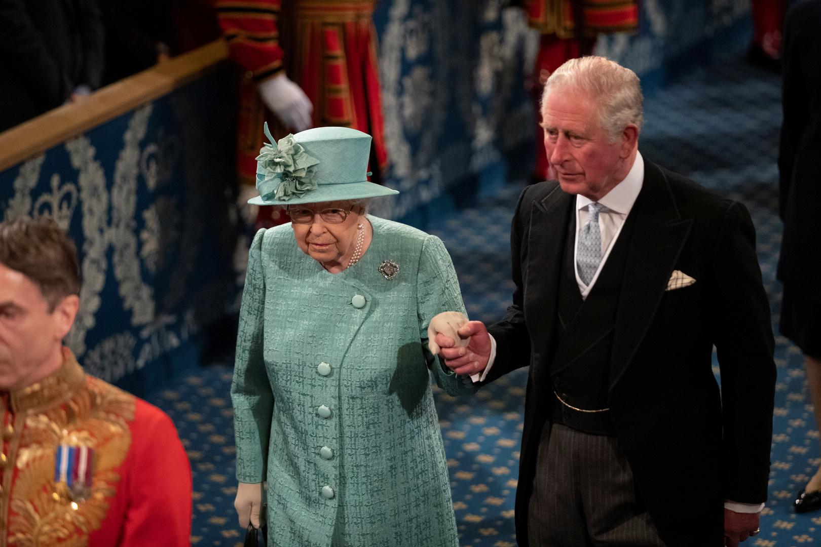 قصر باكنغهام يوضح موقف الملكة إليزابيث إزاء حركة