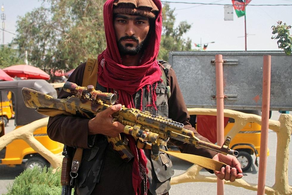 طالبان تستولي على مستودع كبير للأسلحة في بنجشير