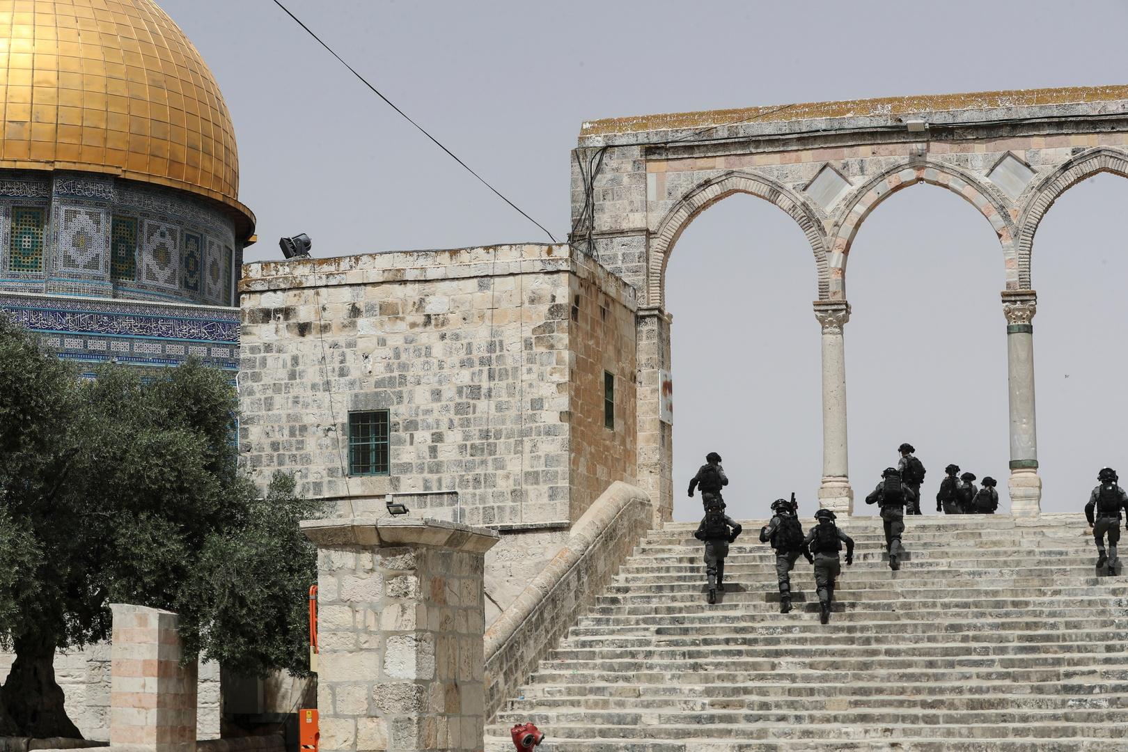 الشرطة الإسرائيلية تقتل فلسطينيا في البلدة القديمة بالقدس بعد محاولته تنفيذ عملية طعن