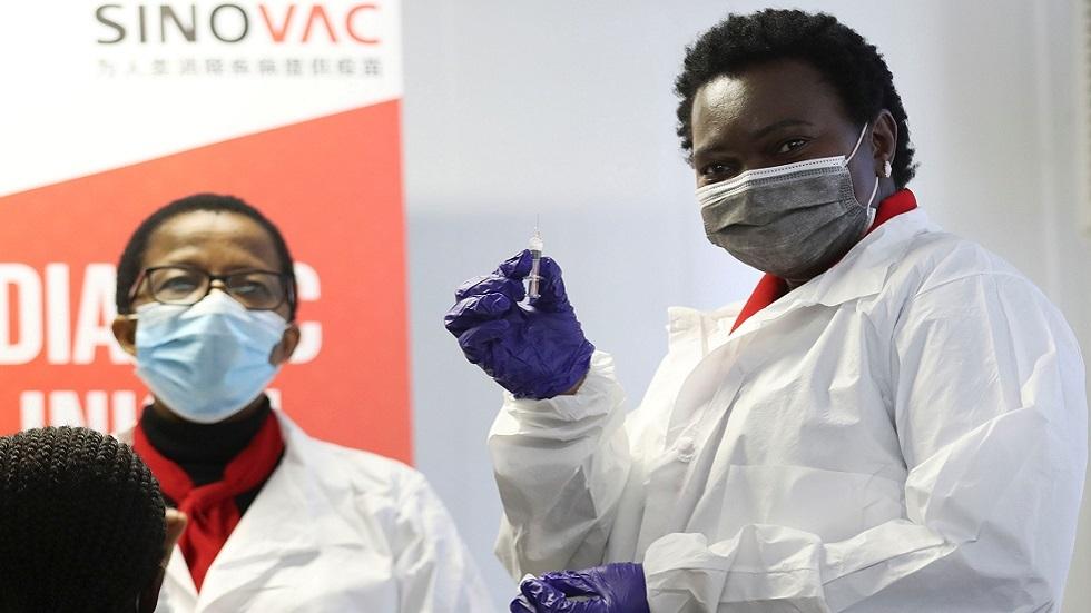 جنوب إفريقيا تختبر لقاحا صينيا مضادا لكوفيد-19 على أطفال