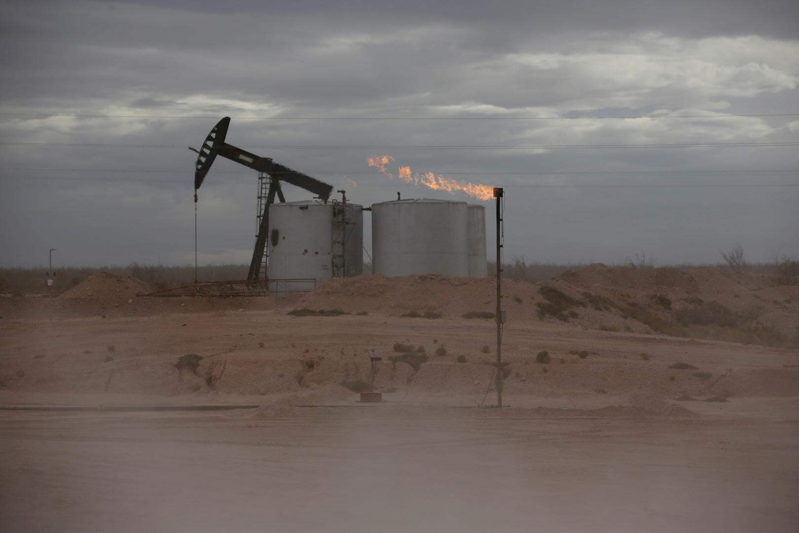 وزير البترول المصري يكشف عن توقعاته لموعد ضخ الغاز إلى لبنان