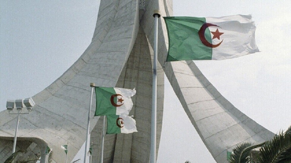 وفاة المجاهد الجزائري ياسف سعدي