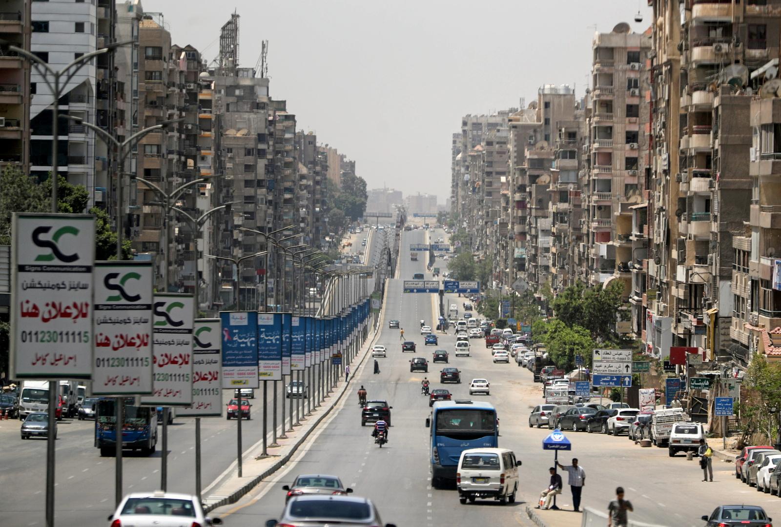 شاب مصري يبتكر سيارة تعمل بضغط الهواء بدلا من الوقود