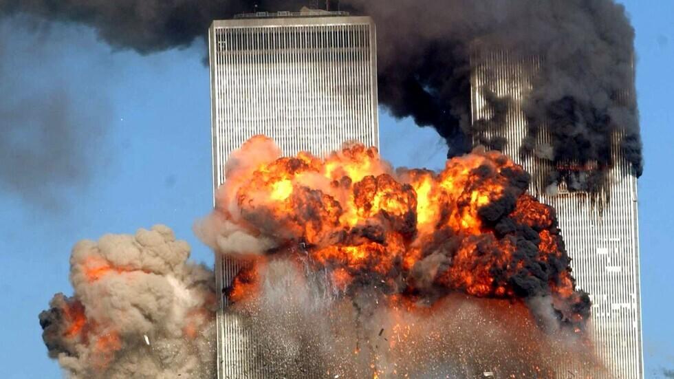 ما الذي قاله الموظف الذي سجل دخول الإرهابيين المتورطين في أحداث 11 سبتمبر إلى المطار؟