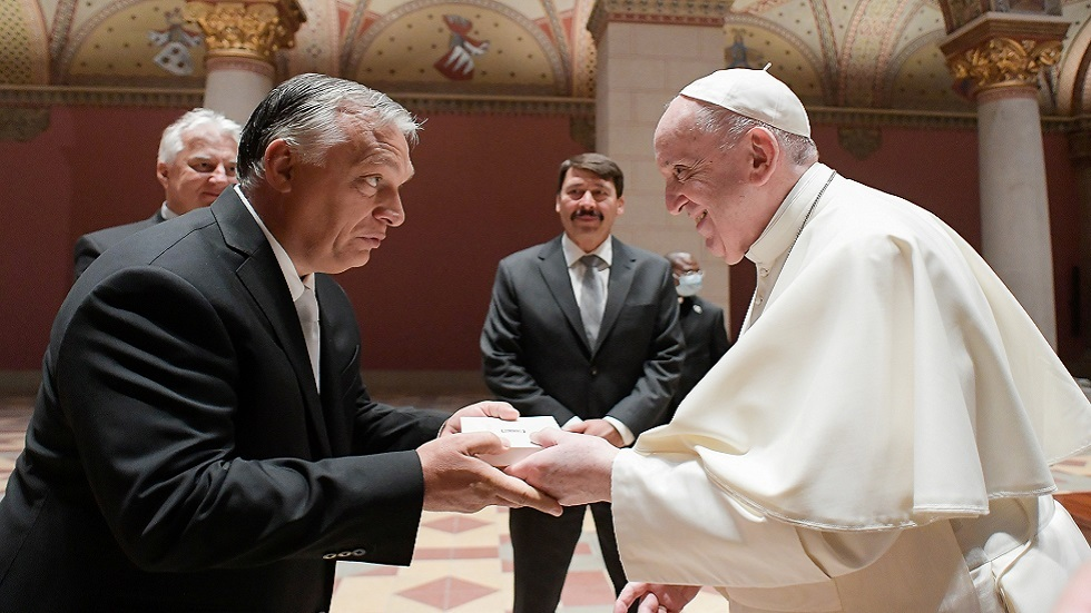 البابا فرنسيس لرئيس وزراء هنغاريا: افتح ذراعيك للجميع
