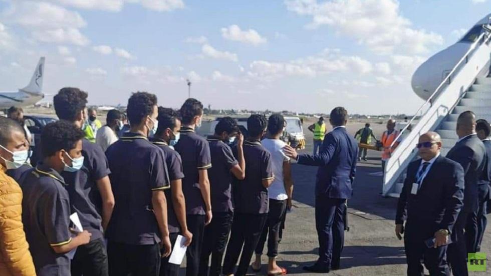 مصر: عودة 53 مواطنا كانوا محتجزين في ليبيا