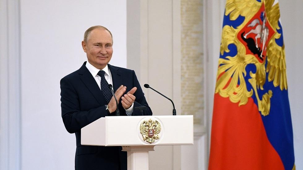 بوتين يهنئ دانييل مدفيديف بفوزه ببطولة أمريكا المفتوحة للتنس