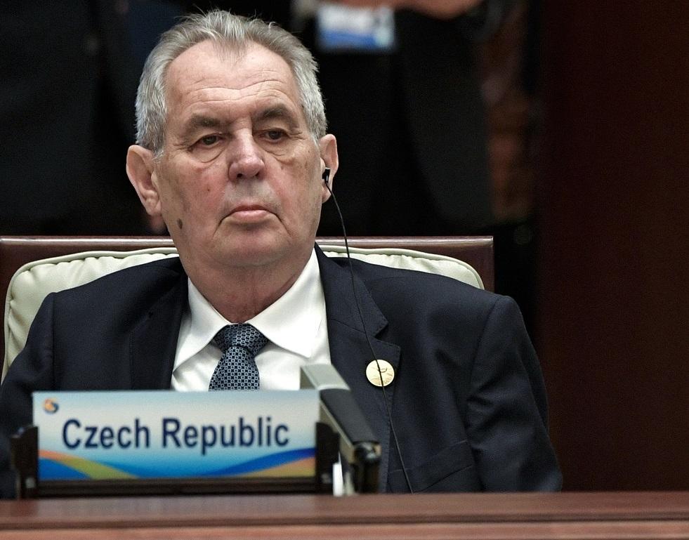 صحيفة: رئيس التشيك يدخل المستشفى