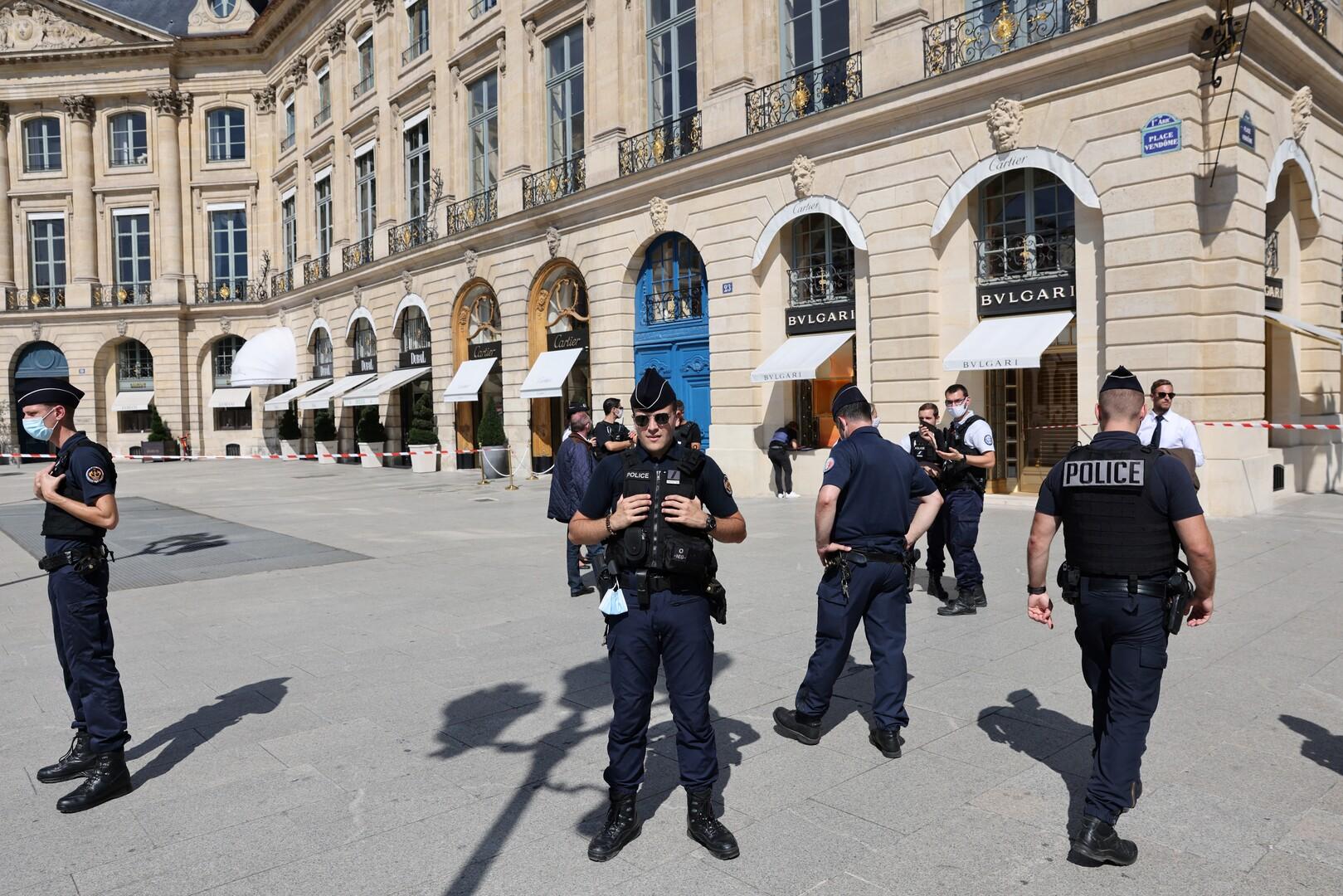 عناصر من الشرطة الإيطالية