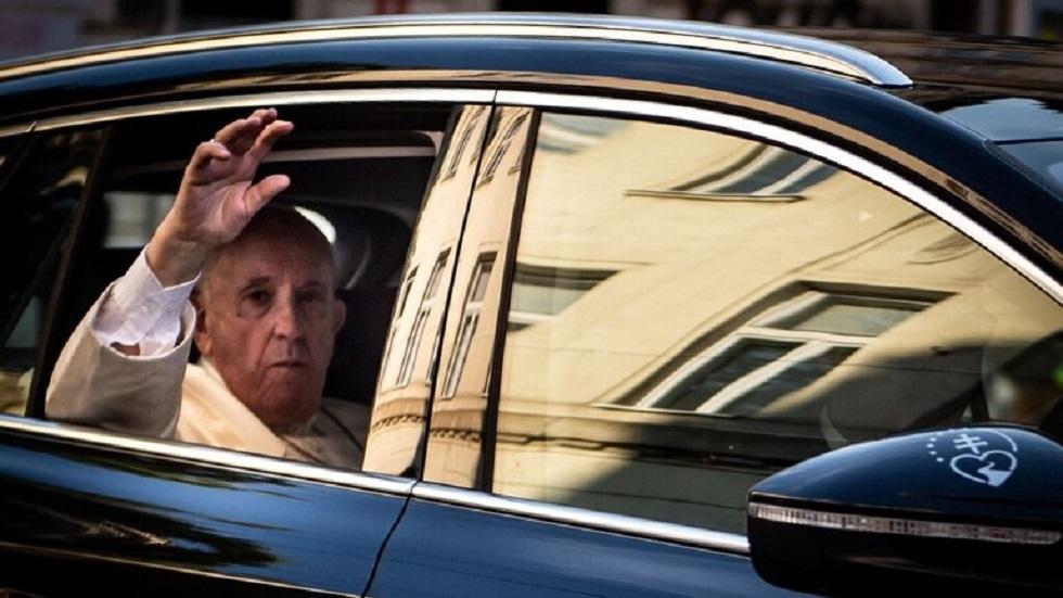 البابا فرنسيس يزور واحدا من أفقر أحياء سلوفاكيا ويلتقي أقلية غجر الروما