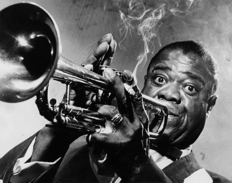 عازف الجاز الشهير لويس أرمسترونغ