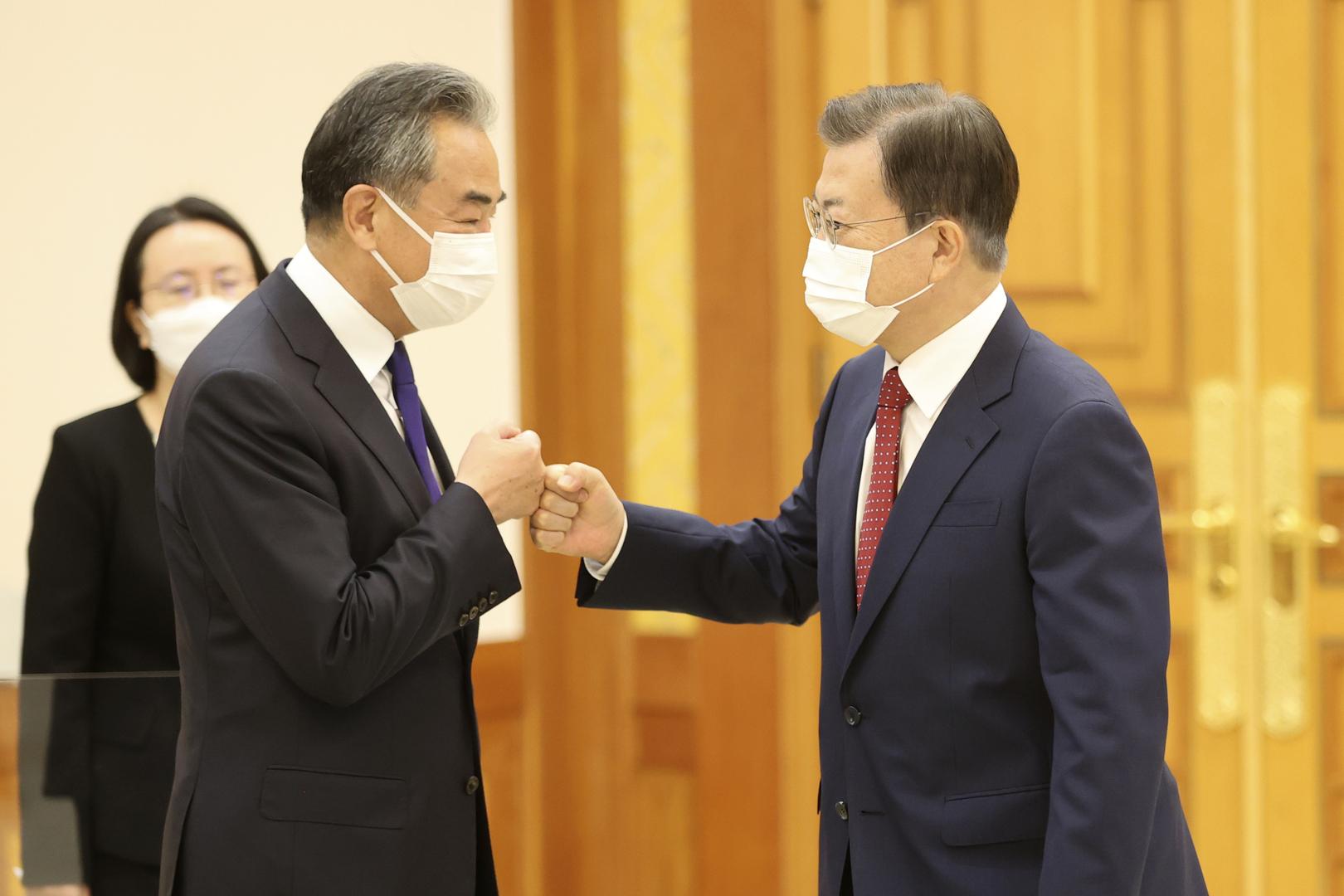 مون يطلب دعم الصين لعملية السلام في شبه الجزيرة الكورية