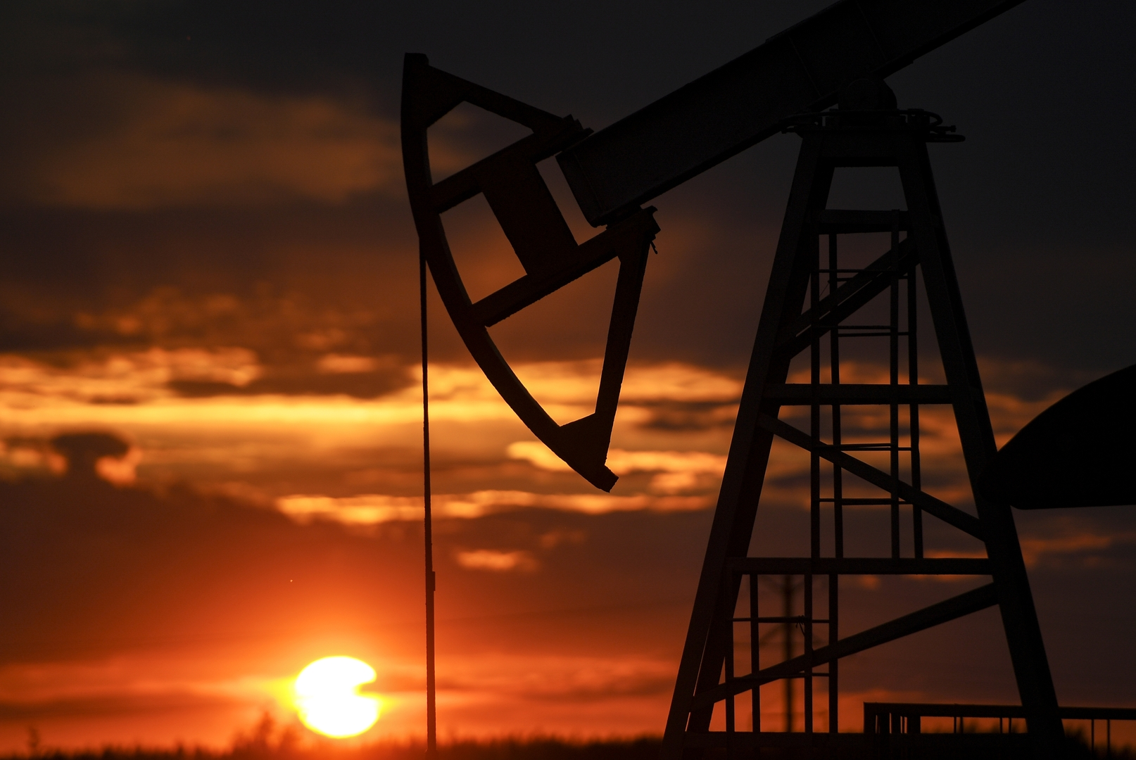 ارتفاع أسعار النفط بعد بيانات أمريكية حول احتياطي الذهب الأسود