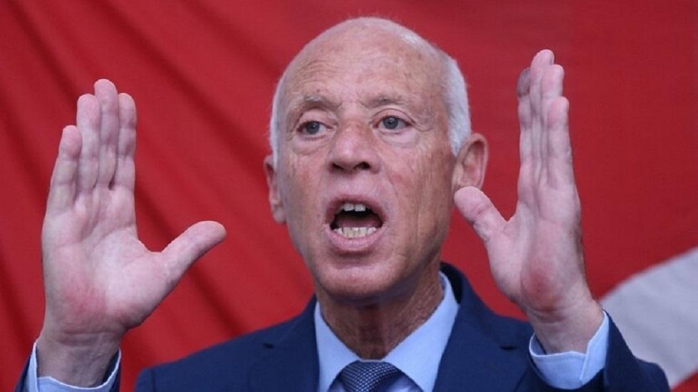 أمين عام الحزب الجمهوري التونسي: خبراء البلاط يساندون الرئيس سعيد في تعليق الدستور