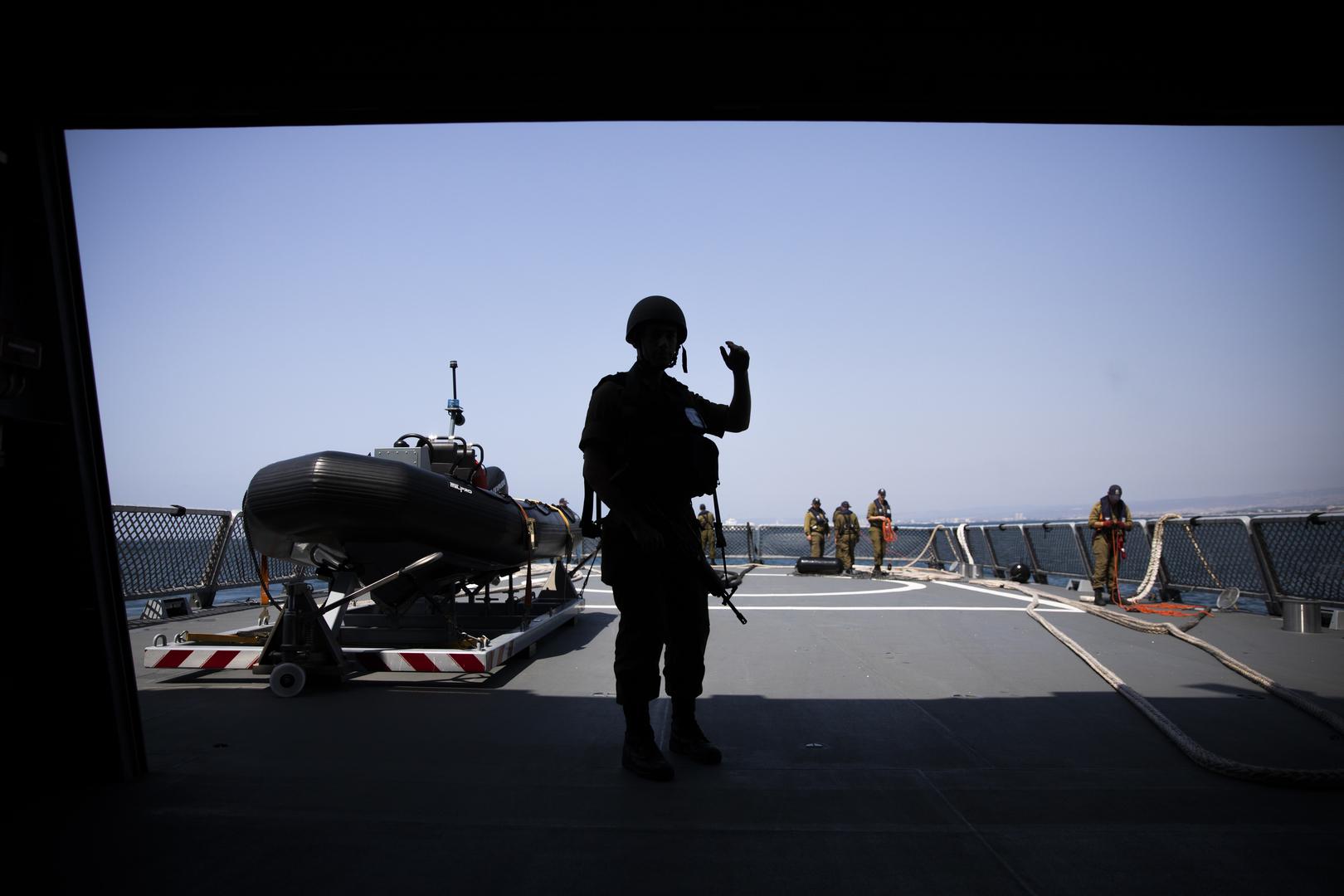 مسؤول إسرائيلي متقاعد: البحرية الإسرائيلية كثفت أنشطتها في البحر الأحمر بشكل كبير لمواجهة إيران