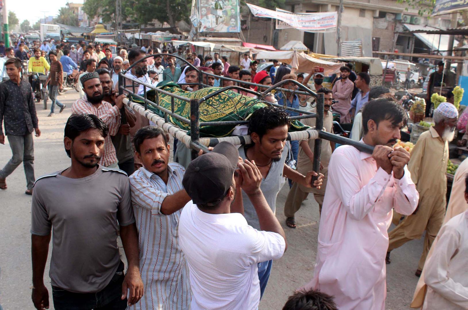باكستان.. مقتل 8 أشخاص وإصابة 15 آخرين في إطلاق نار أثناء جنازة