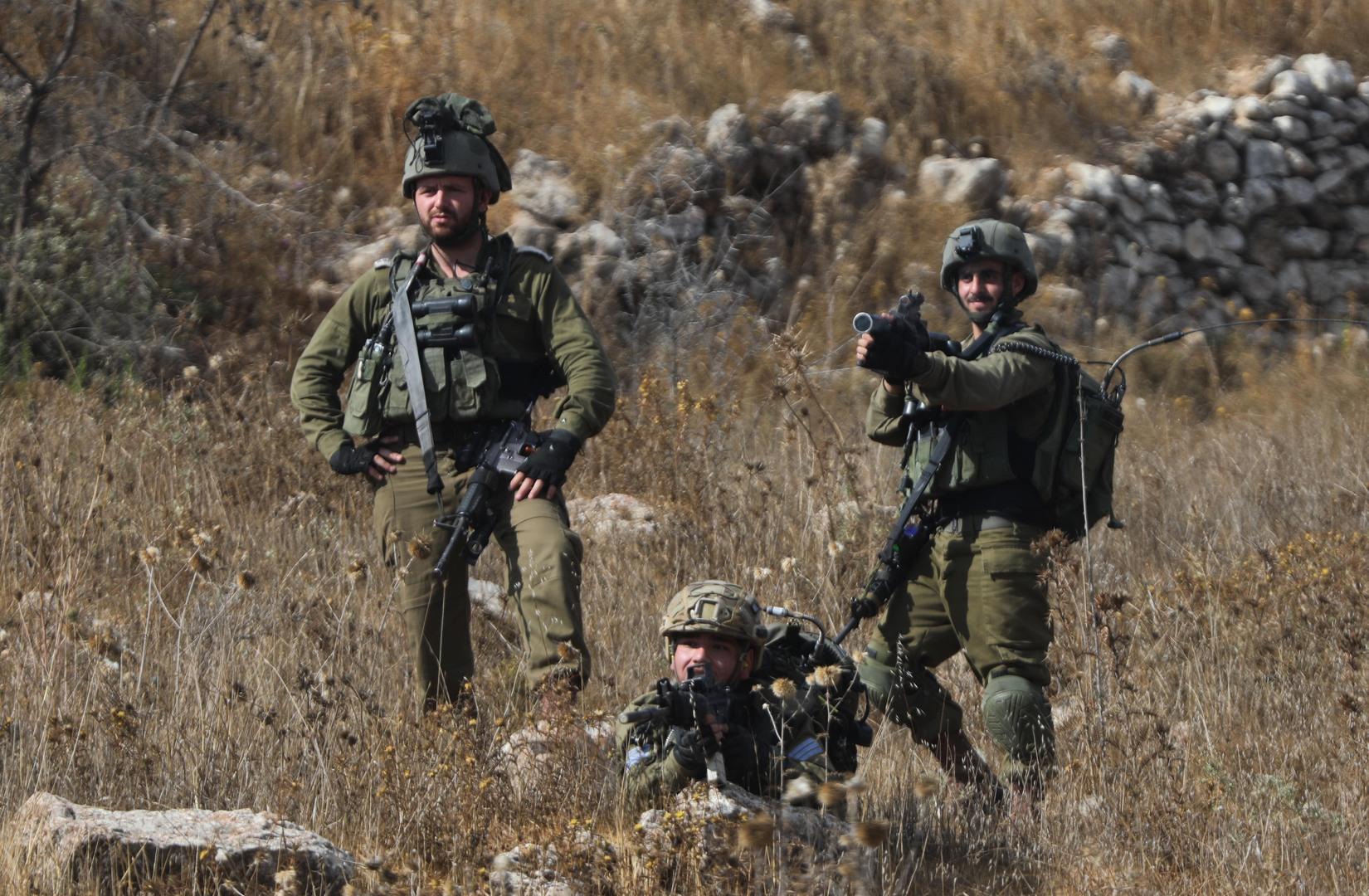 الجيش الإسرائيلي يعلن عن إحباط محاولة تهريب أسلحة من غور الأردن إلى إسرائيل (صورة)