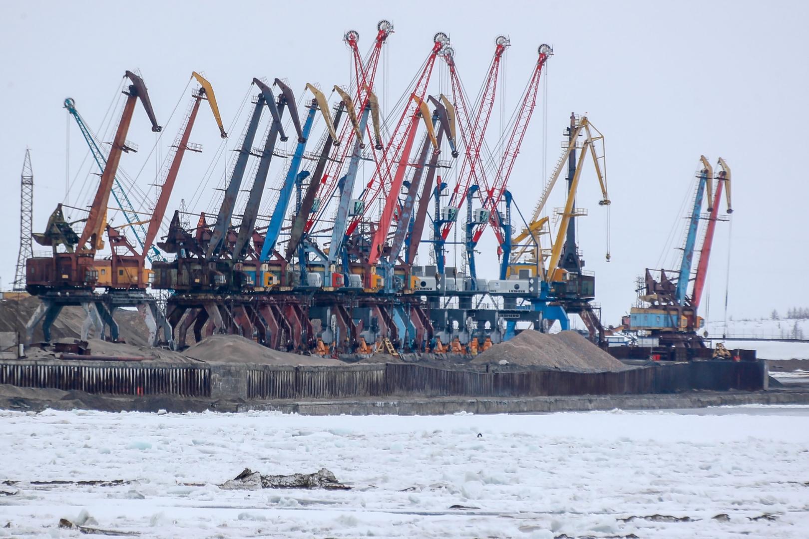 الخارجية الروسية: موسكو وواشنطن مهتمتان بالتعاون في منطقة القطب الشمالي