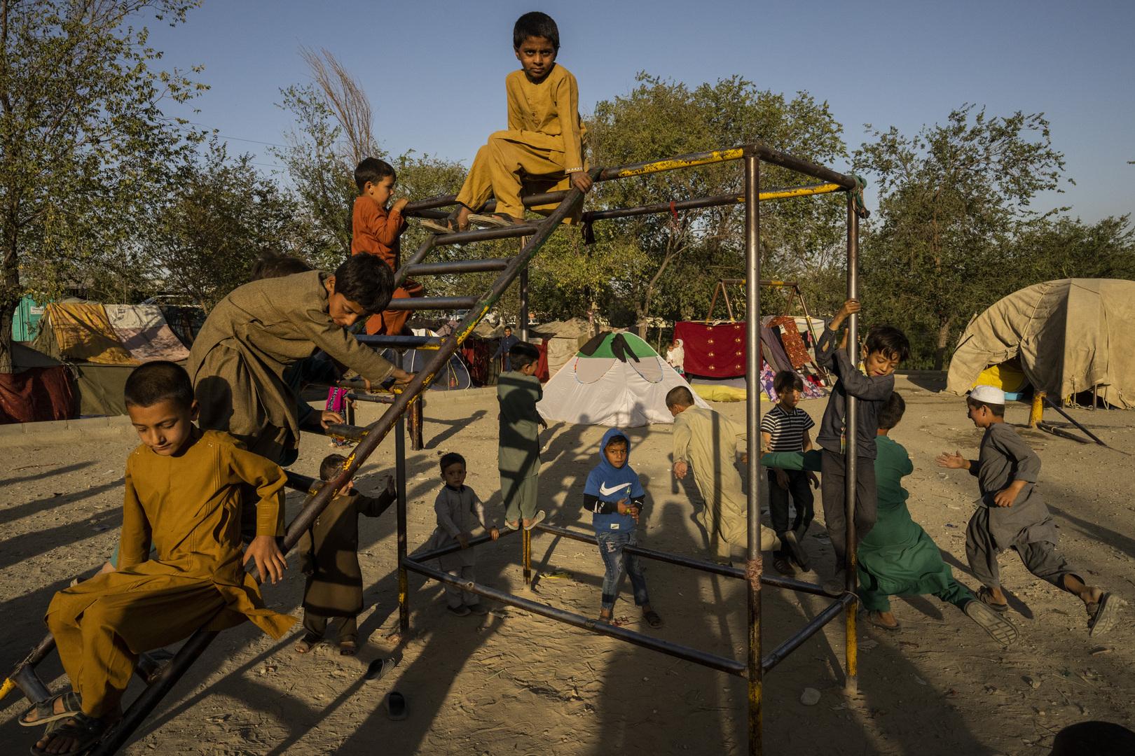 اليونيسيف: أكثر من 4.2 مليون طفل أفغاني ليسوا مسجلين في المدارس