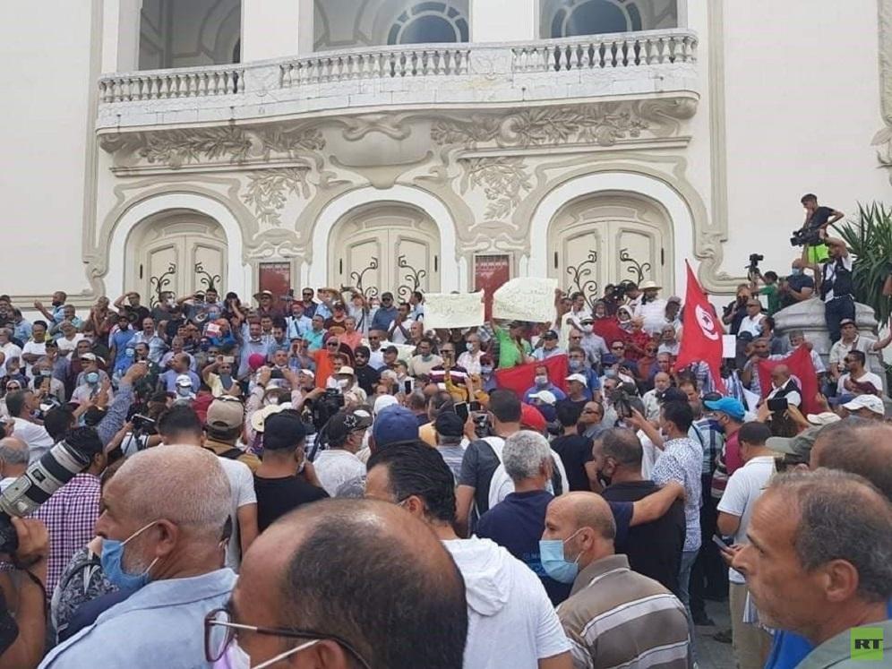اتحاد الشغل التونسي يرفض التحركات التي تقسم التونسيين