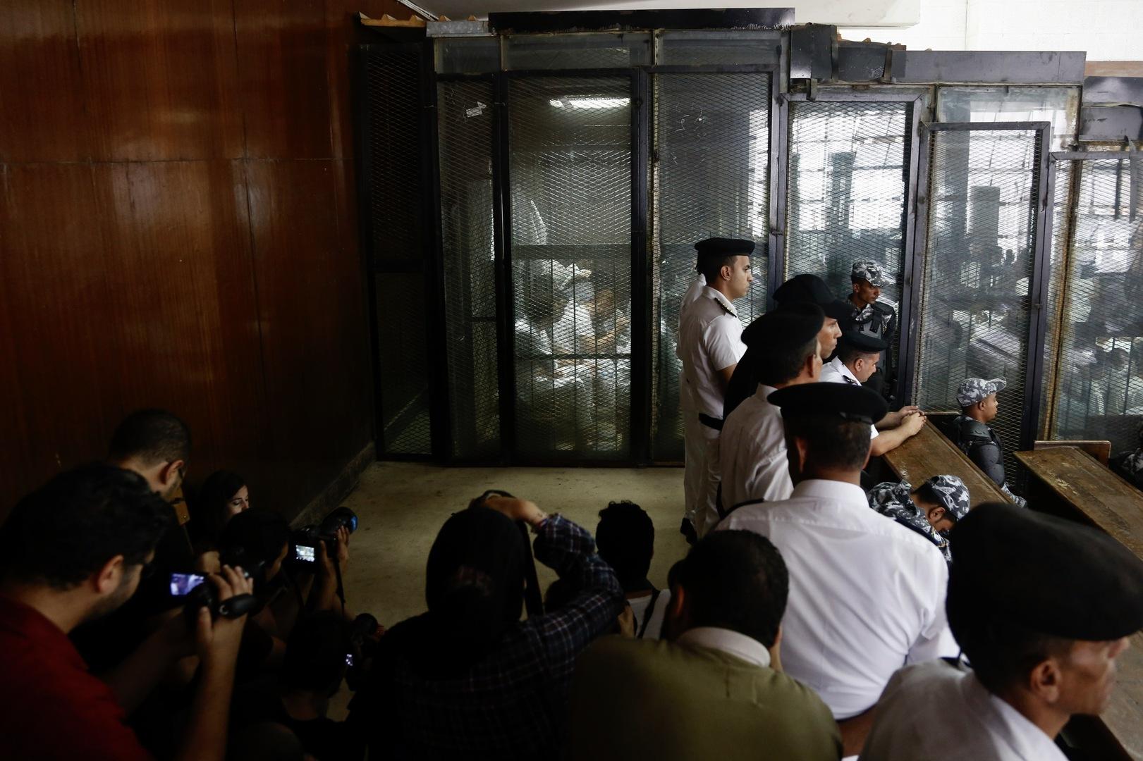مصر.. تأجيل محاكمة الطبيب في قضية
