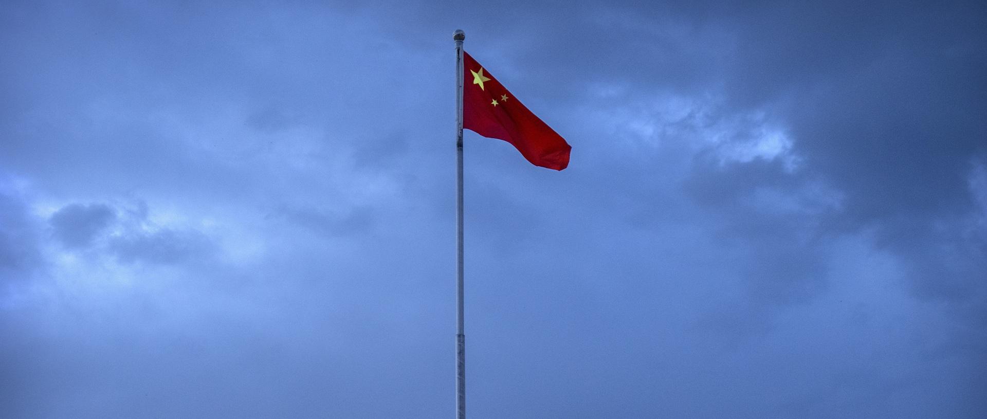 القنصلية العامة الصينية في ريو دي جانيرو تطلب من سلطات البرازيل التحقيق في هجوم استهدفها بعبوة ناسفة