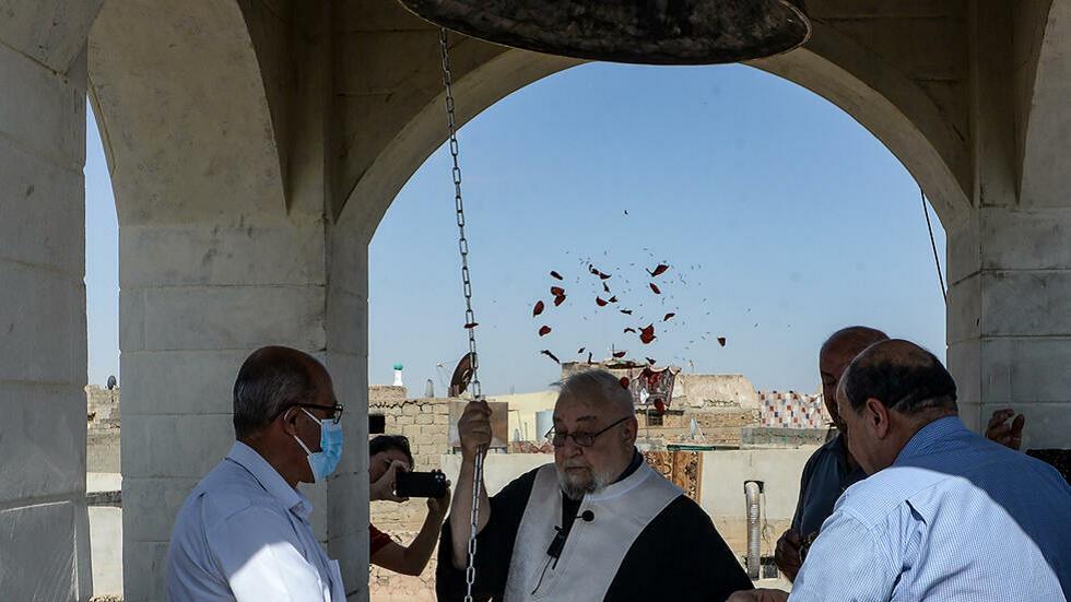 جرس كنيسة مار توما يقرع من جديد في الموصل العراقية.