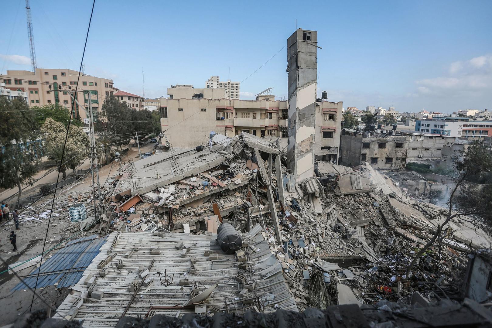صحيفة: إسرائيل تتراجع عن شرط إعادة تأهيل قطاع غزة مقابل إنهاء قضية الأسرى والمفقودين الإسرائيليين