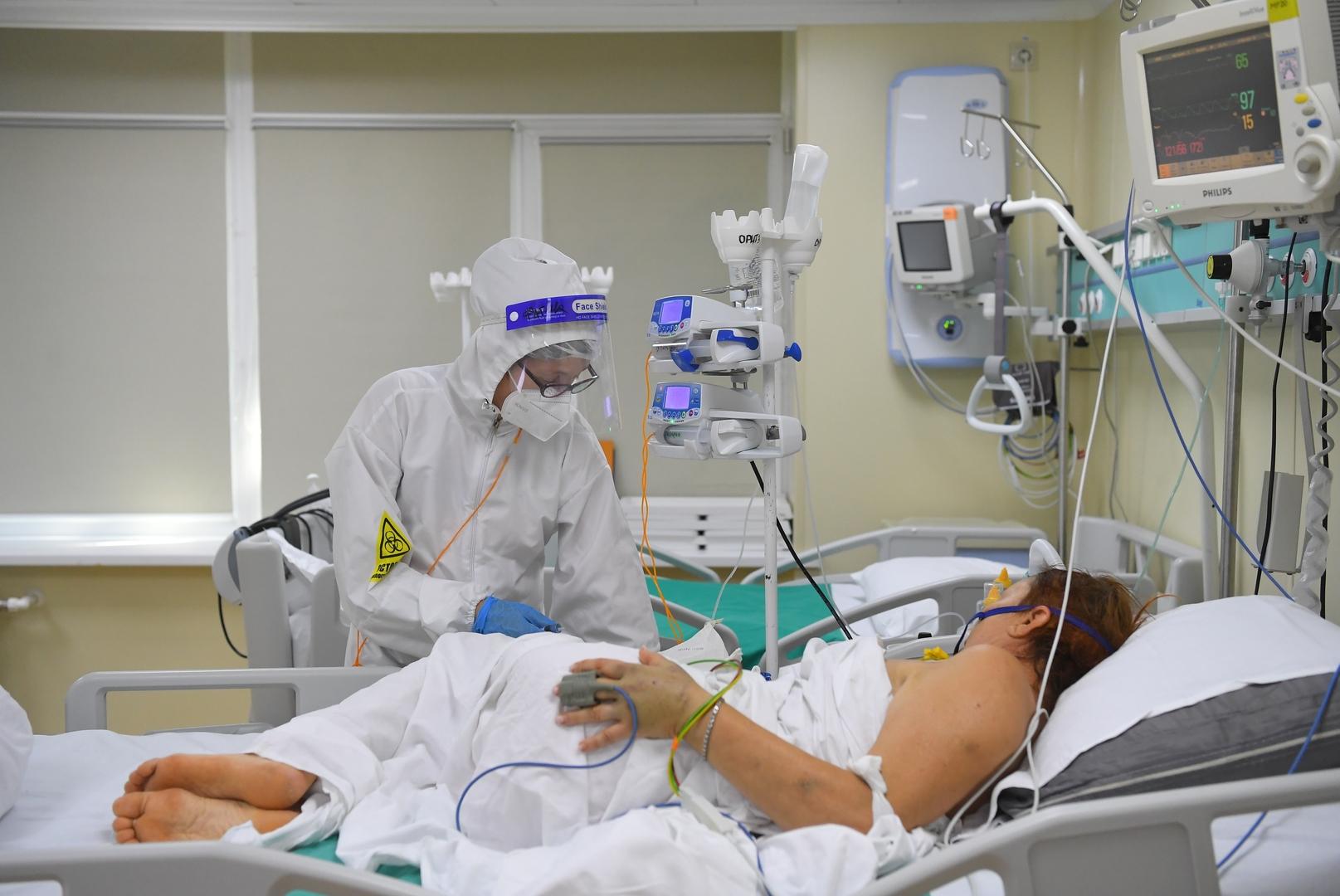 وفاة نحو 800 شخص وإصابة أكثر من 20 ألفا بفيروس كورونا خلال يوم في روسيا