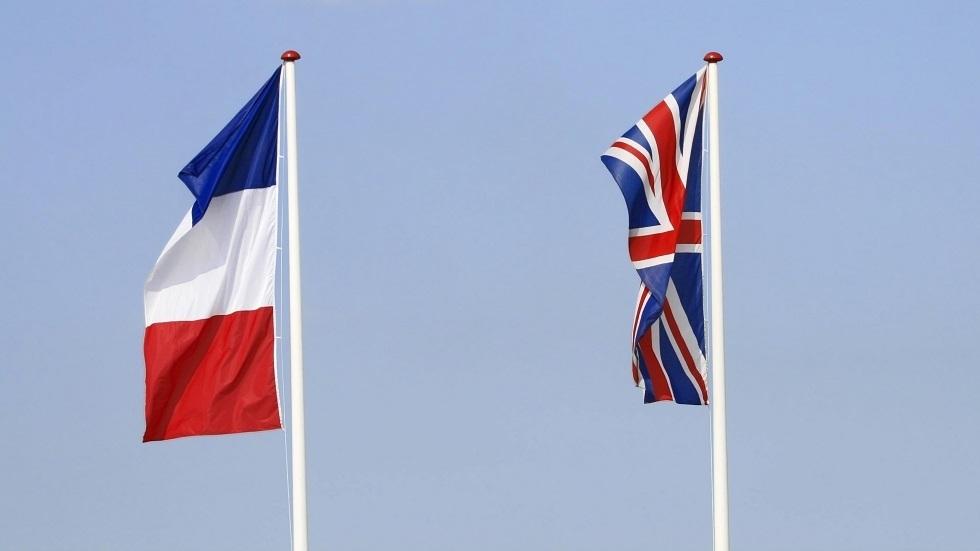 علما فرنسا وبريطانيا