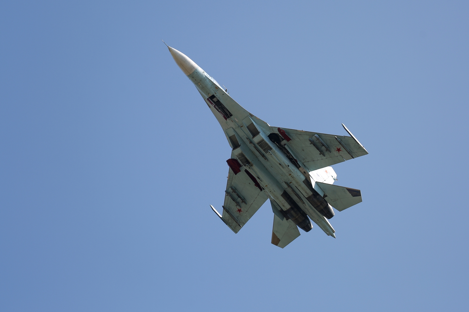 مقاتلة روسية من نوع