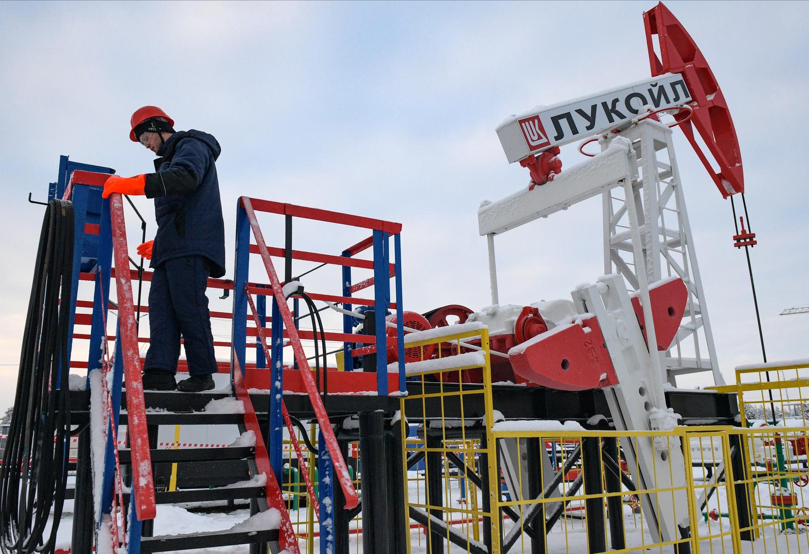 قفزة في قيمة إمدادات النفط من روسيا إلى الصين