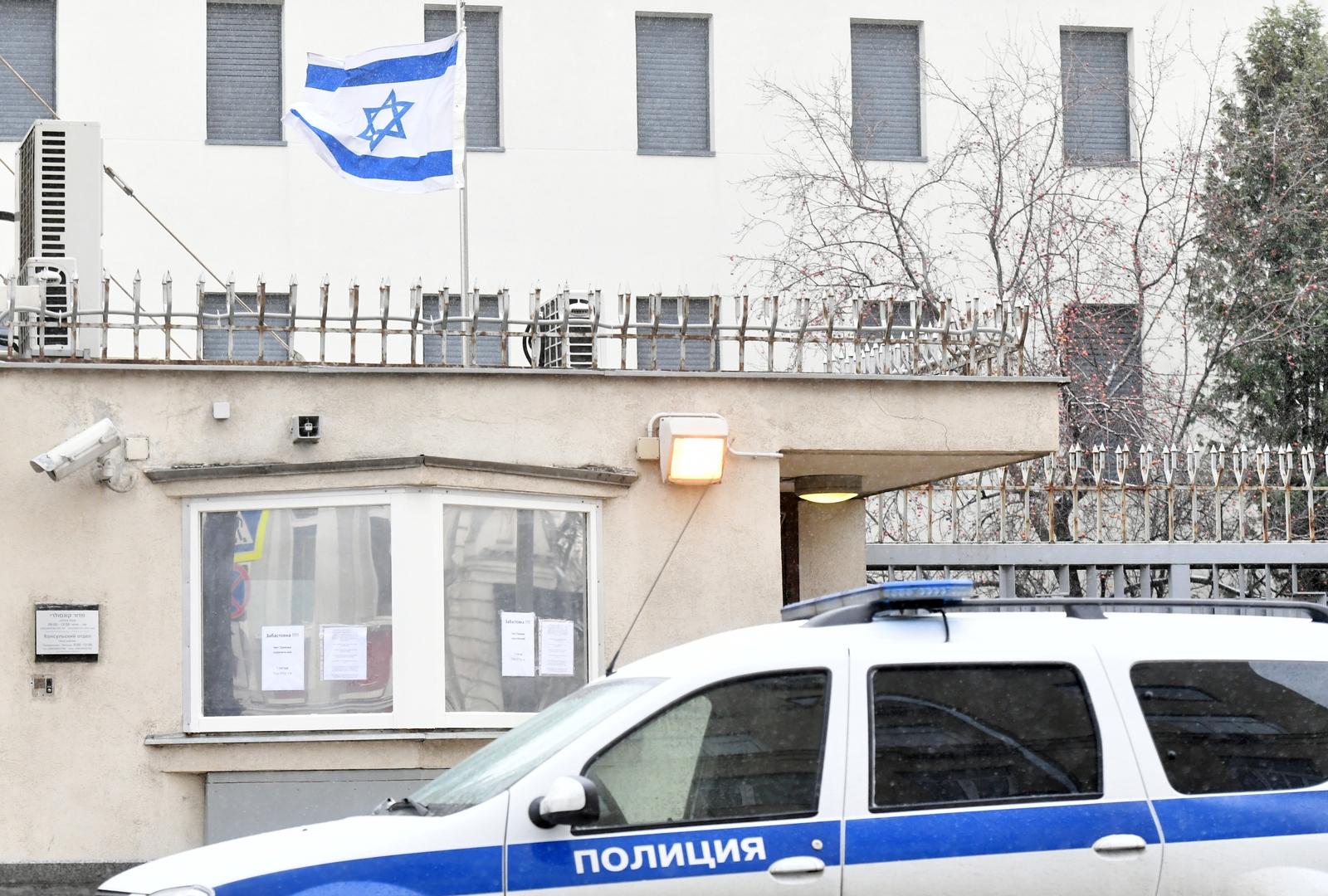 مقتل شرطي إسرائيلي وإصابة آخر بعملية دهس في مستوطنة نهاريا