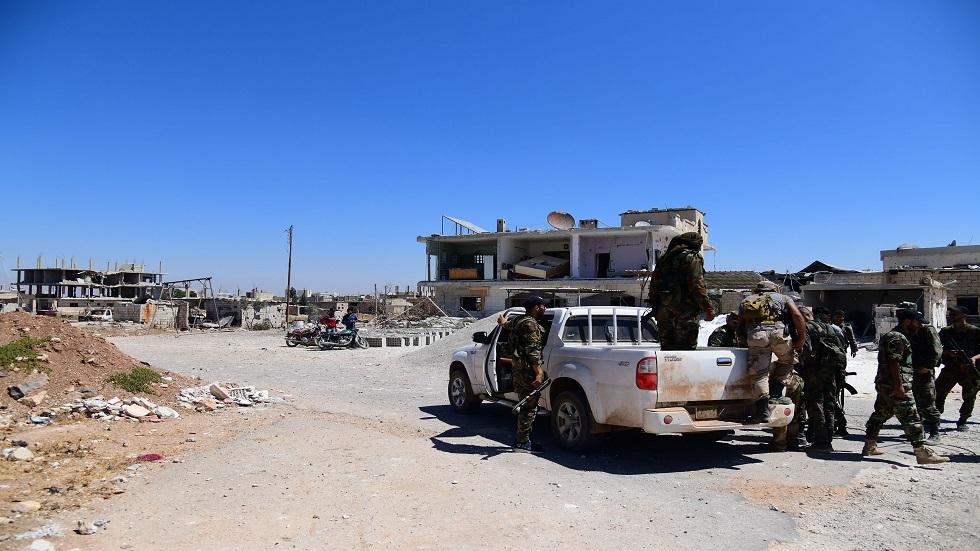 وفق اتفاق التسوية.. بدء تسوية أوضاع عدد من المطلوبين في تل شهاب بريف درعا الغربي