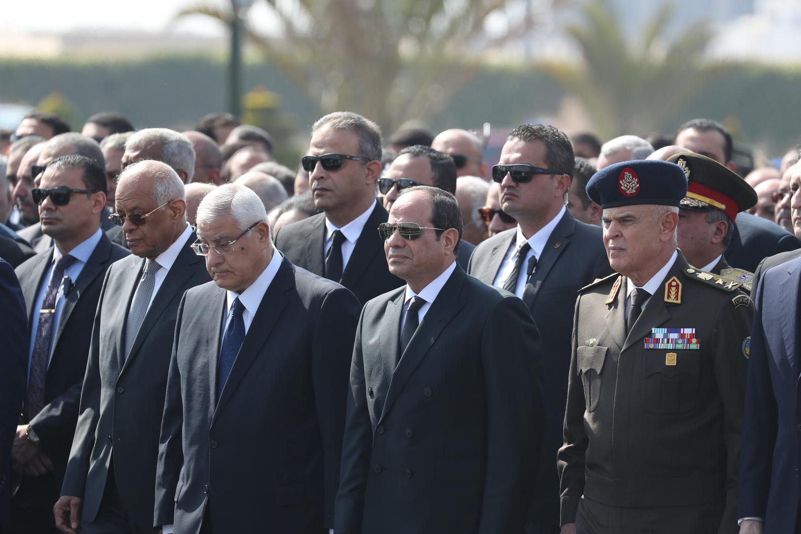 جنازة عسكرية بقيادة السيسي للمشير طنطاوي (فيديو)