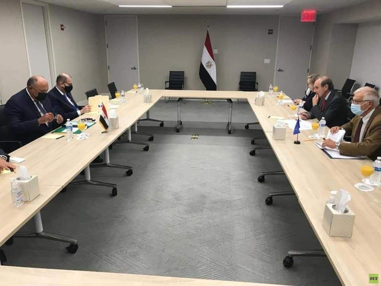شكري يبحث مع بوريل ملفات التعاون بين مصر والاتحاد الأوروبي