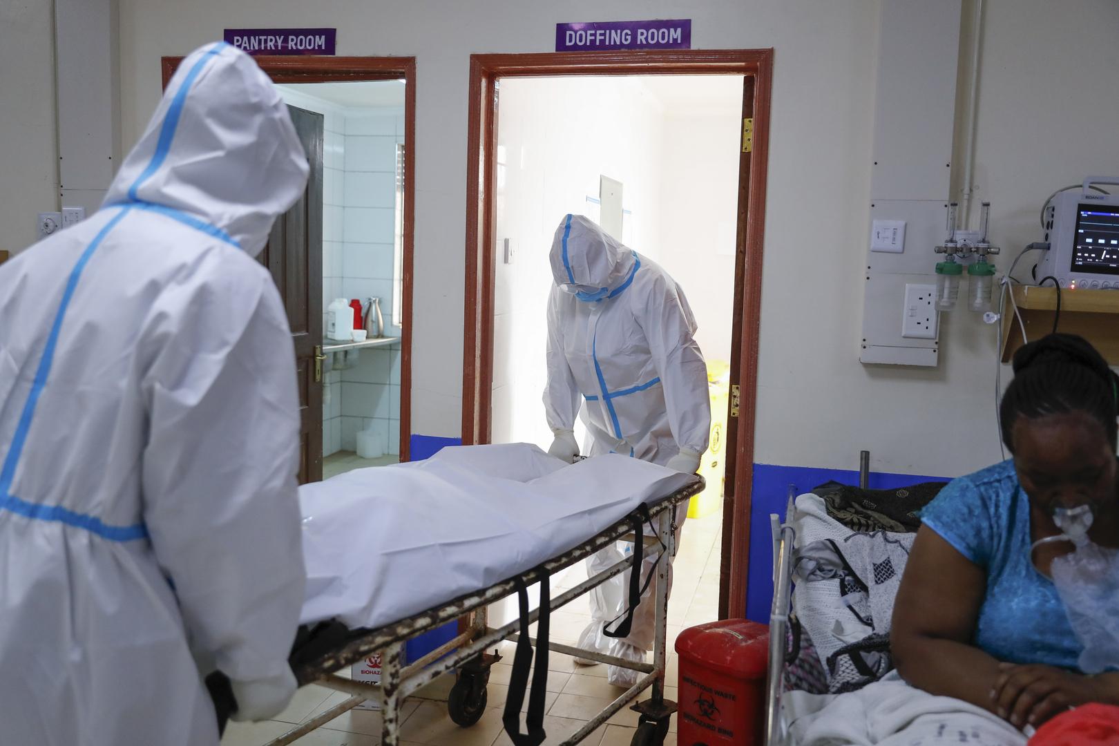 منظمة الصحة العالمية: انخفاض عالمي حاد بإصابات كورونا